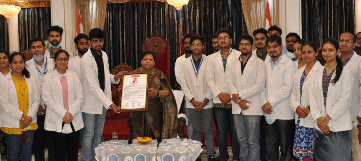 रायपुर : जो व्यक्ति सकारात्मक रहता है उसे अवश्य सफलता मिलती है : सुश्री उइके