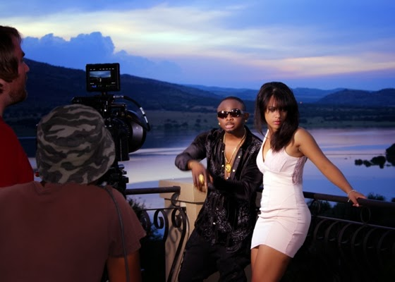 Sean Tizzle BTS Photos 1