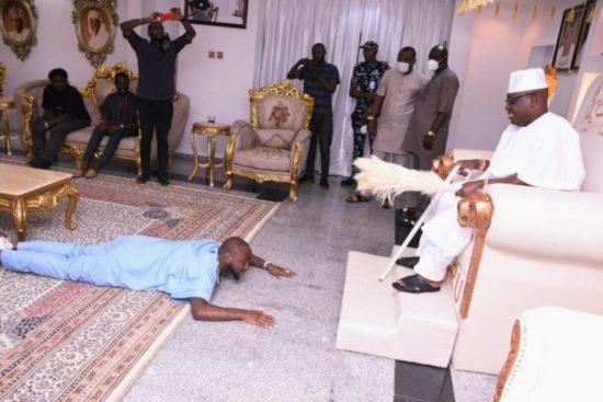 DMW boss, Davido visits Oniru of Iruland in his palace (Photos) 1