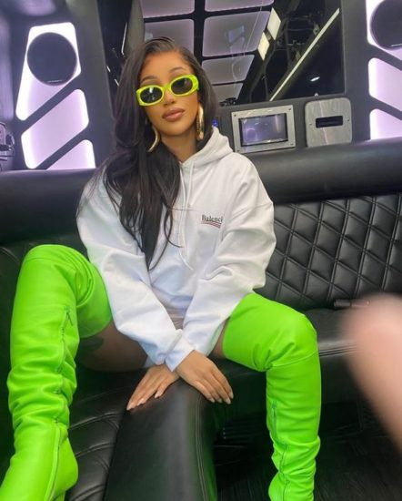 Cardi B's Val message to women: If he buys you flowers, buy him grasses 1