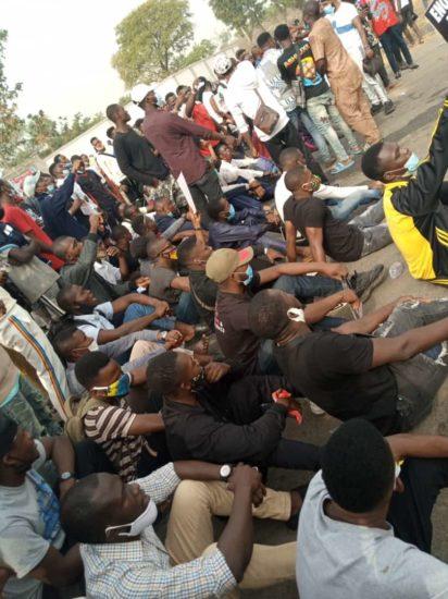 #Enduniabujaoppression: University of Abuja students on a peaceful protest (Pics) 1