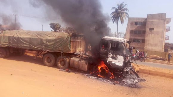 Dangote Truck Set Ablaze For Crushing Two Men To Death. 1