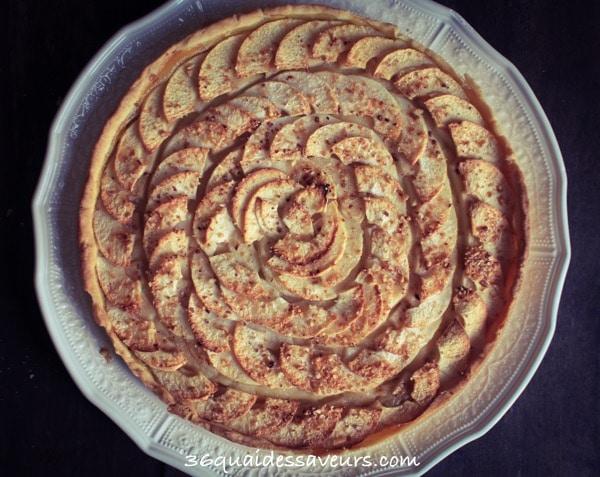 Tarte aux pommes et sa pâte sablée aux amandes