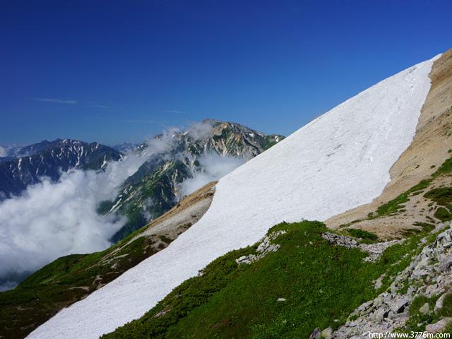 残雪/白馬乗鞍岳稜線