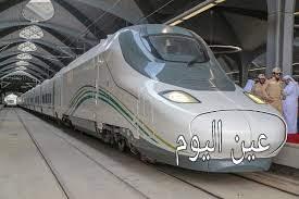 إنزال عربات قطار الحرمين بميناء جدة الإسلامي