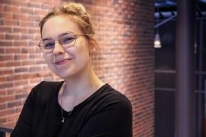 Viestintäharjoittelija Sari Eestilä.