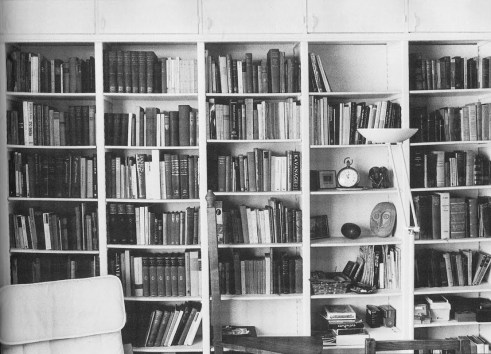 samuel-becketts-bookshelf