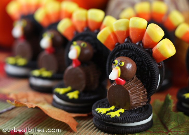 Oreo Cookie Turkeys in a Row
