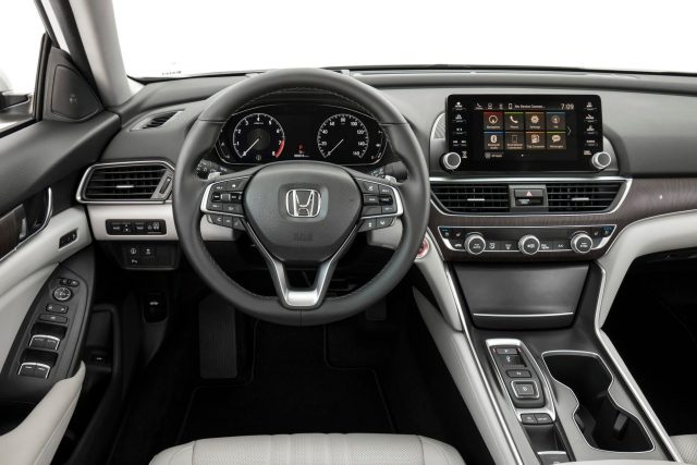 2018-honda-accord-20.jpg