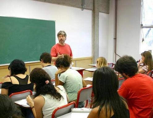Gobierno y sindicatos valoran pactar fechas y temarios de las oposiciones profesores secundaria academia preparador cantabria 3catorce santander