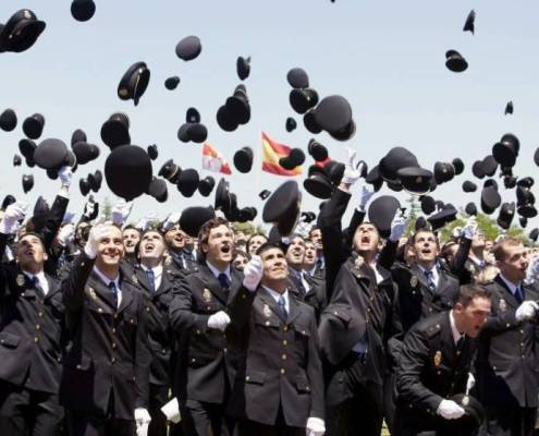 Interior propone cambios requisito altura policia nacional