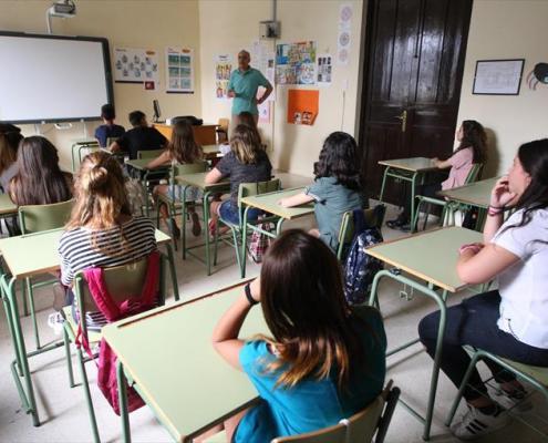 Educacion presenta la propuesta de 7500 plazas oposiciones Secundaria y otros cuerpos para los años 2019 2020