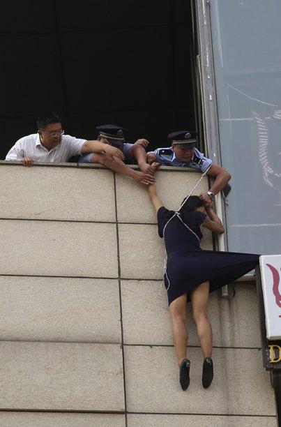 policia consegue impedi la. Agentes demoraram cerca de 30 minutos