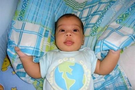 Um bebê de apenas um ano