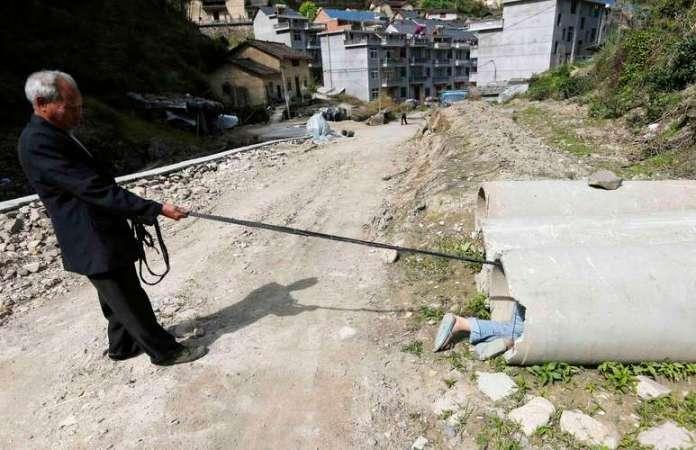 A partir dos seis anos de idade, Xie começou a causar problemas nas redondezas Foto: Reuters