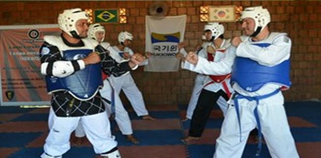 Campeonato Acreano de Duplas abre o calendário 2015 da Liga Acreana de Taekwondo (Foto: Quésia Melo)