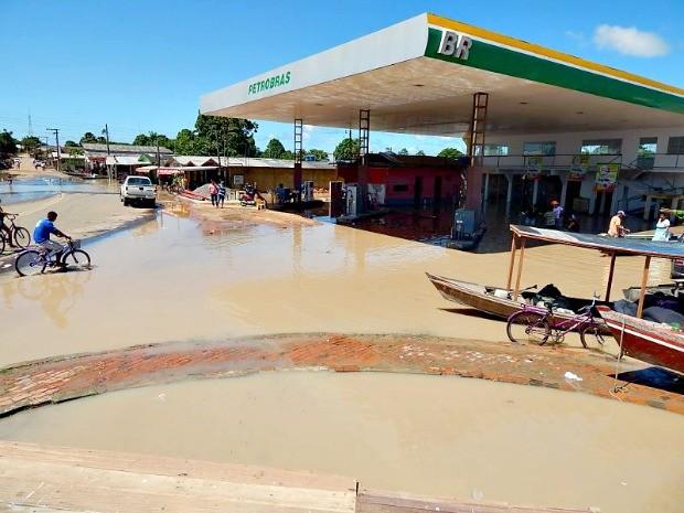 Águas do Rio Envira atingiu 59 famílias na área urbana, em Feijó (Foto: Antônio Messias/Arquivo pessoal)