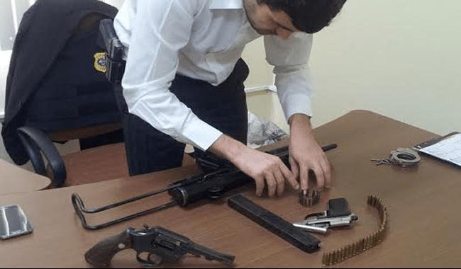 A polícia esta investigando a procedência das armas apreendidas/Foto: Pedro Paulo