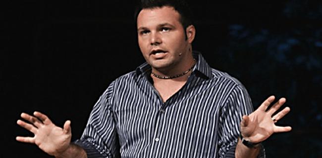 Mark Driscoll escreveu livro sobre como evitar a masturbação