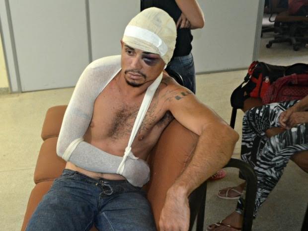 Homem foi espancado após dar empurrão na esposa (Foto: Adelcimar Carvalho/ G1)