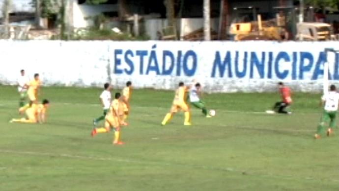 Alto Acre venceu os dois jogos realizados na cidade de Xapuri, contra Náuas e Galvez (Foto: Reprodução/TV5)