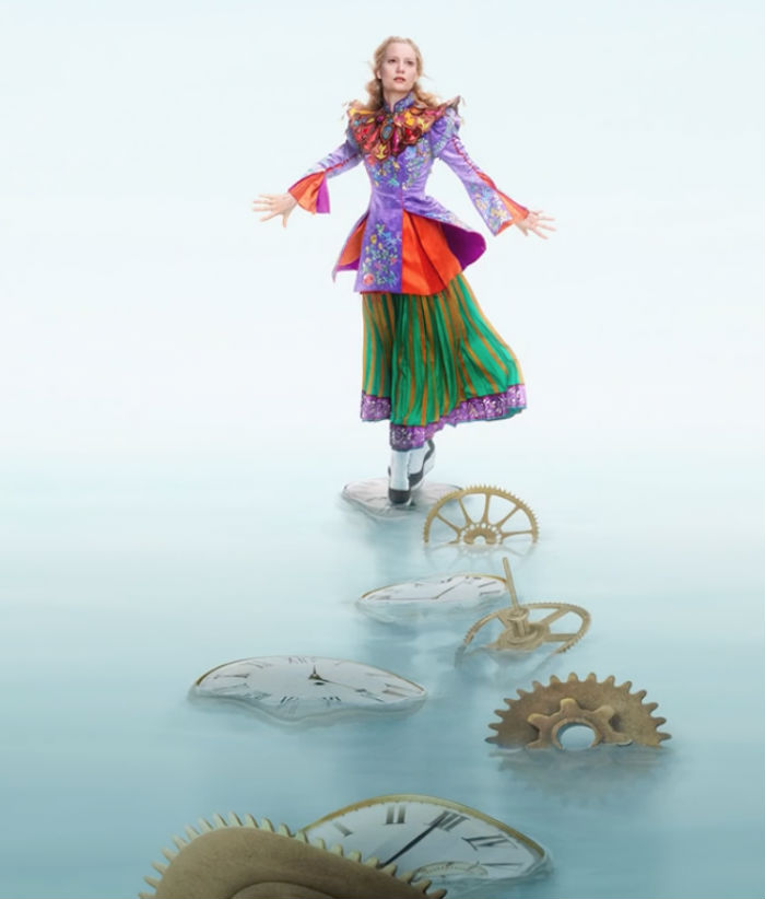 Alice-Through-The-Looking-Glass-3d-alice