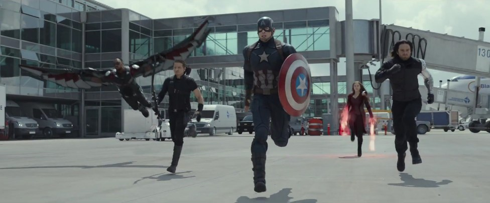 Avengers-Civil-War-3D-blu-ray-test-flughafen-berlin