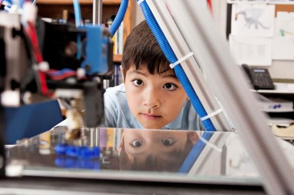 Impressora 3D nas escolas Impressora 3D nas escolas Benef  cios das impressoras 3D na educa    o Be220