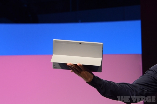 Tablet Microsoft Surface 2 and Surface Pro 2 is faster and more economical predecessors