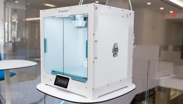 ultimaker s5 high quality fdm printer