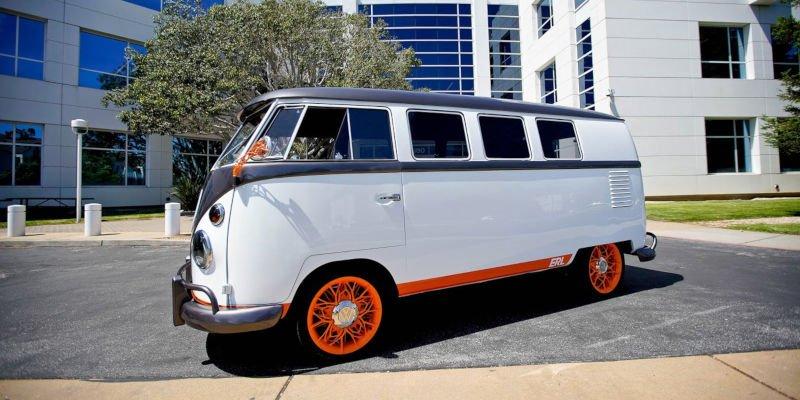 vw motorvan restored using 3d printed car parts