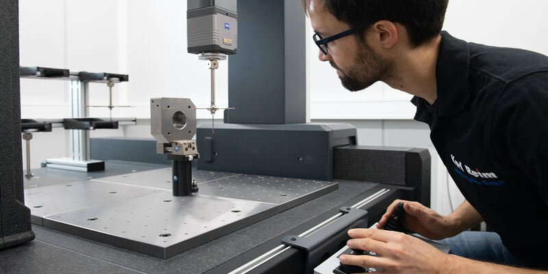 Contact-based 3D scanning