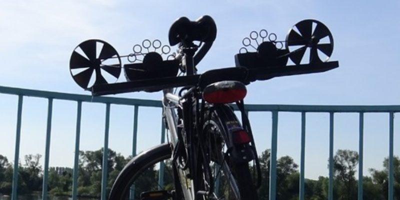 3D Printed Bike Acessory bubble machine for handlebars