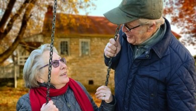 فيتامينات ومعادن ضرورية للمرأة بعد سن الأربعين