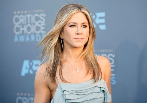 Jennifer Aniston arrives at the 21st. annual Critics' Choice Awards on January 17, 2016 in Santa Monica, Calif. Photo by Danny Moloshok courtesy of Reuters.