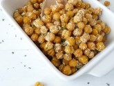 30 minute roasted ranch chickpeas