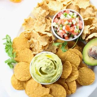 easy summer gathering chip n dip platter