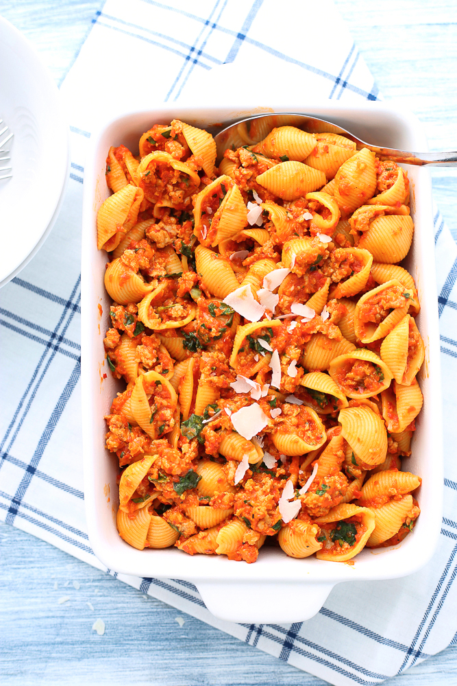 pasta shells with roasted red pepper pasta with italian sausage