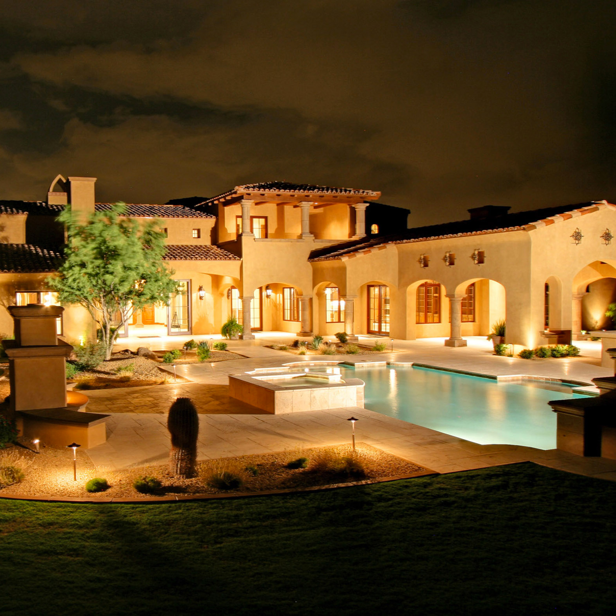 Luxury House 3Wallpapers iPad Retina Luxury House   iPad Retina