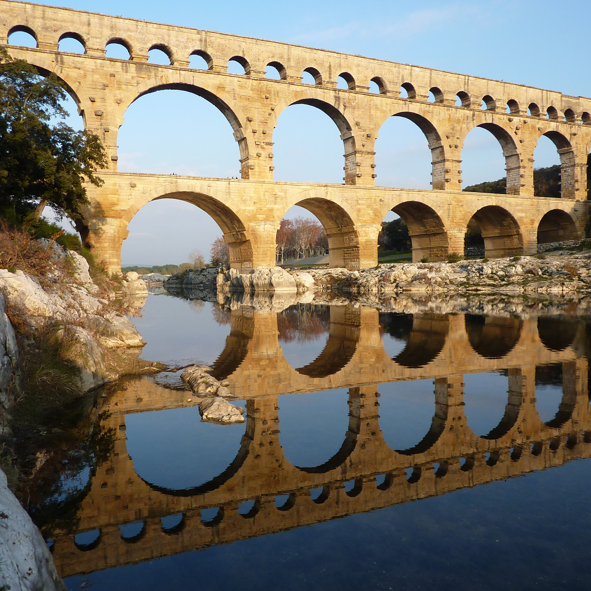 Pont du Gard 3Wallpapers iPad Retina Pont du Gard   iPad Retina