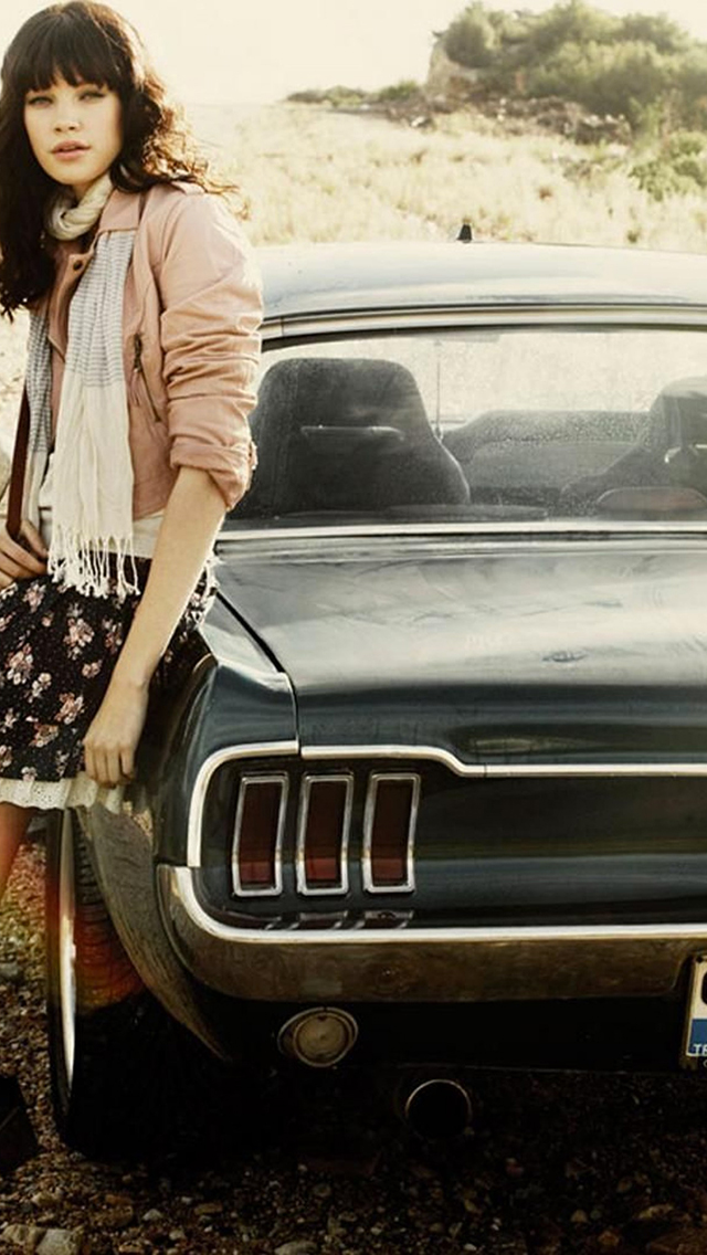 Vintage Girls Fashion Style 3Wallpapers iPhone Vintage Girls Fashion Style
