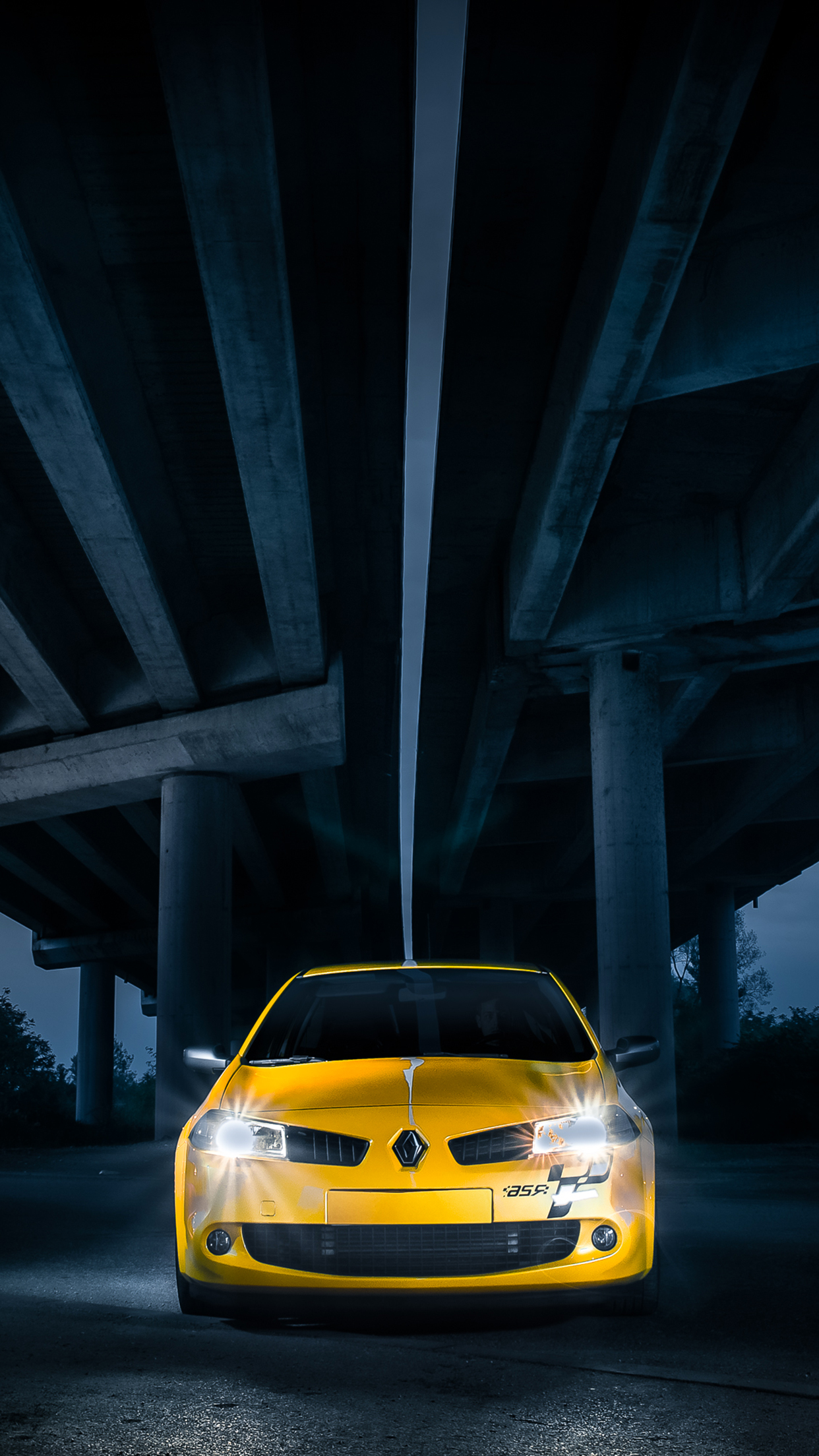 Megane 2 RS iPhone 3Wallpapers Parallax Megane 2 RS