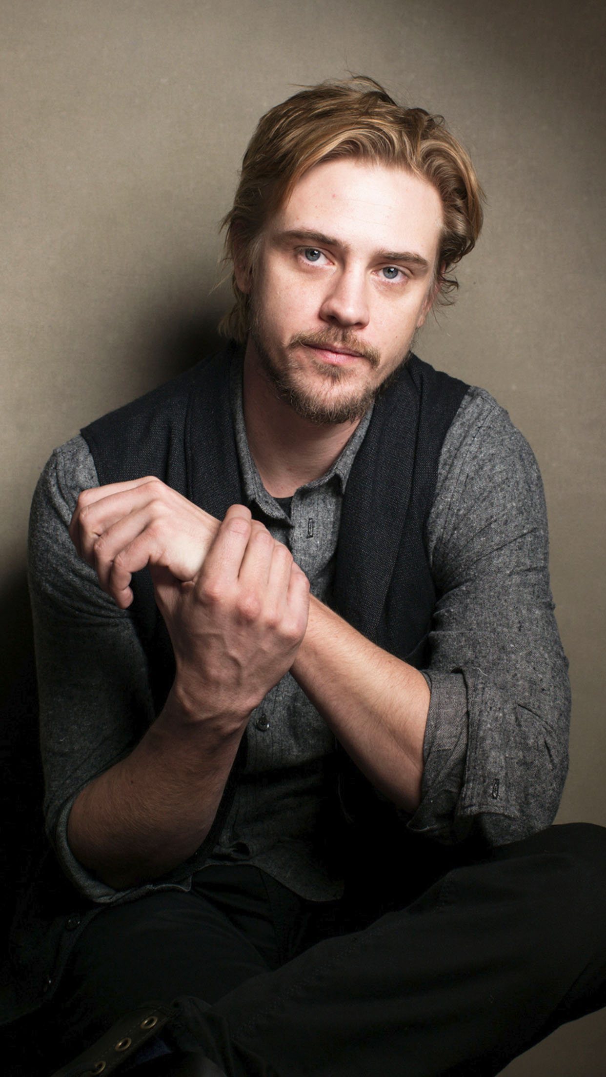 Narcos Boyd Holbrook 3Wallpapers iPhone Parallax Boyd Holbrook