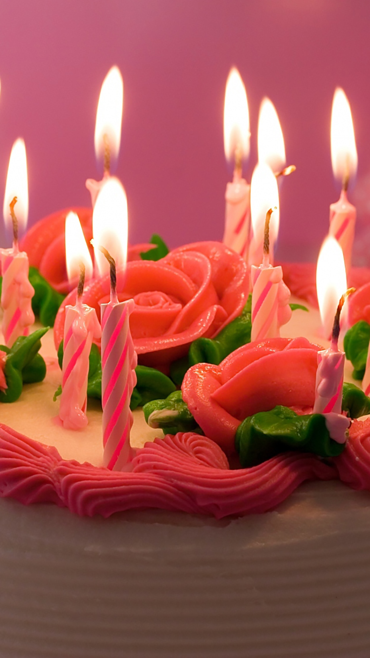 Anniversary Candles On Cake 3Wallpapers iPhone Parallax Anniversary : Candles On Cake