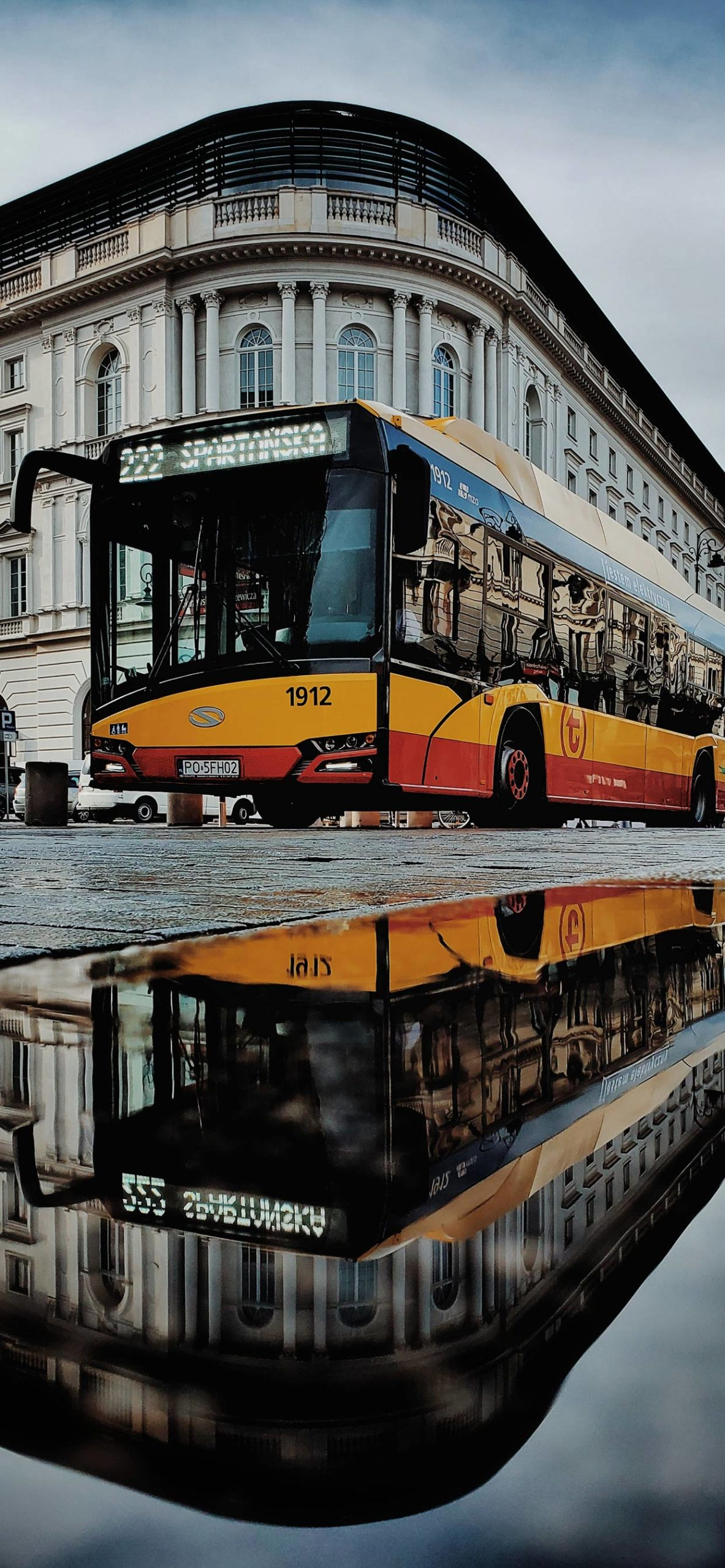 iphone wallpapers bus reflection scaled Bus