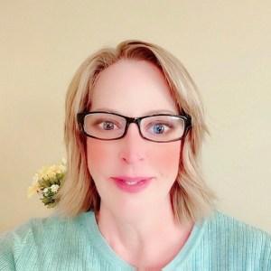Susie Truett - Founder & Editor, 40andholding