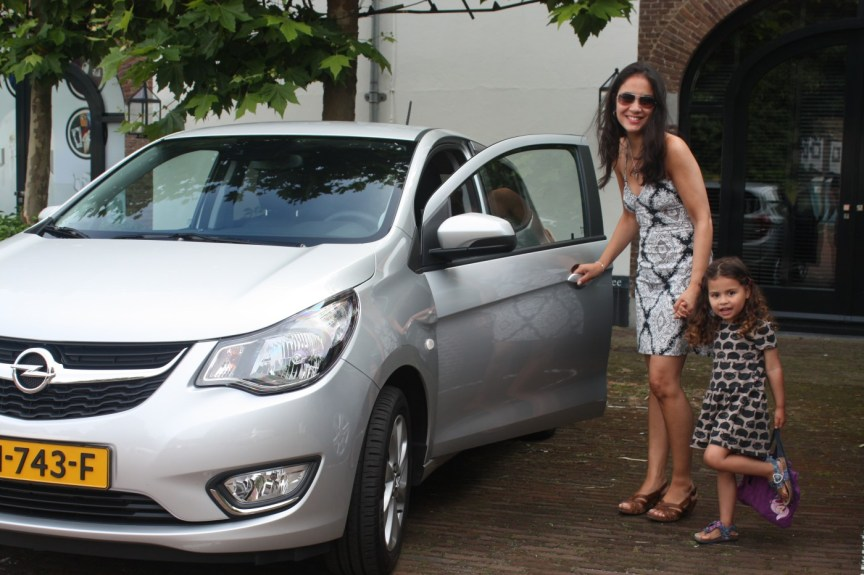 Momma's got a new ride...de Opel KARL!