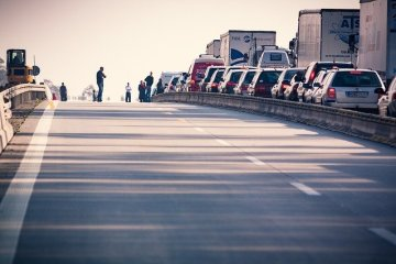 4 Crucial Steps to Take Following a Truck Accident snyder law group