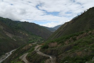 The road to Angasmarca