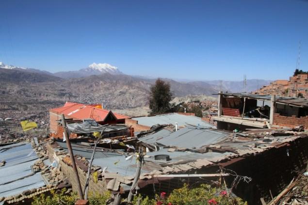 Rooftops of La Paz, on the hillsides just below El Alto.